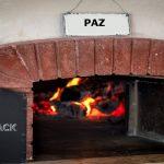 La paz: un pan en la puerta del horno