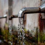 Dos litros de agua por cada litro de petróleo